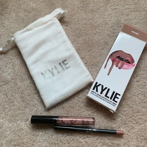 Kylie lip kit color maliboo